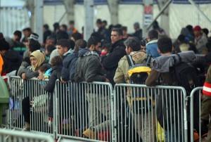 Migranti, Svezia espellerà 80.000 richiedenti asilo