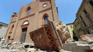 Terremoto Modena, muore in container: aspettava casa (foto Ansa)