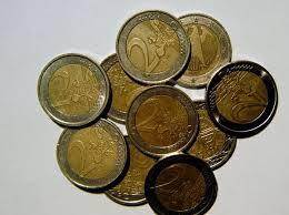 Guarda la versione ingrandita di Monete false, attenti a 1 e 2 euro: facili da contraffare