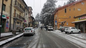 Guarda la versione ingrandita di Meteo, arriva il freddo artico: neve su Calabria, Marche…