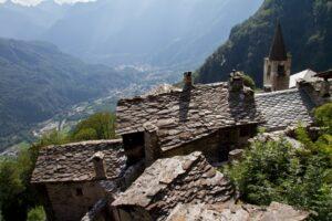 Guarda la versione ingrandita di In viaggio verso i borghi fantasma in Italia