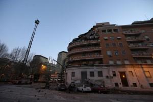 Roma, crolla palazzo sul Lungotevere