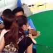 """YOUTUBE Turista prova a baciare pitone. Lui """"ricambia""""...04"""