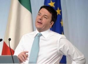 Renzi: dipendenti pubblici truffatori licenziati in 48 ore