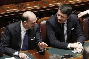 Guarda la versione ingrandita di  Alfano e Renzi (Ansa)