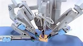 Un robot chirurgo