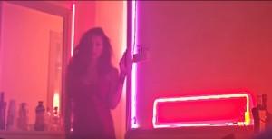 Mariana Rodriguez superhot nel video dei TheRivati
