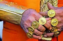 L' oro dell' asceta, in India