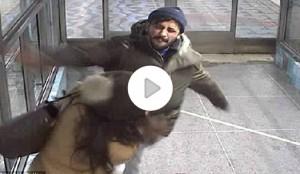YOUTUBE Picchia e sputa a mamma davanti ai figli: arrestato