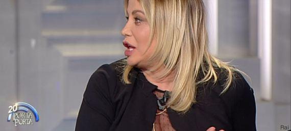 Simona Izzo rifatta a Porta a Porta VIDEO-FOTO E Twitter...4