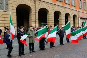 """Mattarella: """"Tricolore bandiera anche dei nuovi italiani"""""""