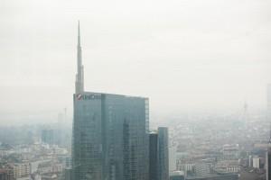 Smog a Milano: da lunedì stop ad auto più inquinanti