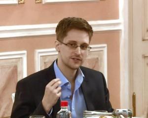 Guarda la versione ingrandita di Edward Snowden