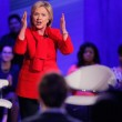 "Elezioni Usa 2016, Hillary: ""Sanders poesia, ma servo io"" 6"