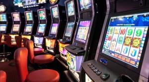 Videolottery e giochi online: blitz anti mafia, 11 arresti