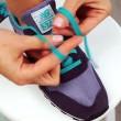 YOUTUBE Ecco come allacciarvi le scarpe in due secondi 02