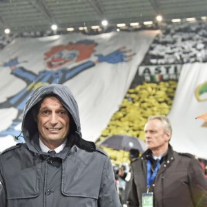 Juventus - Inter striscioni, sfottò in curva bianconera FOTO