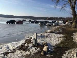 YOUTUBE Auto su lago ghiacciato: si alza temperatura e..