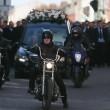 Dublino, funerale stole Casamonica del boss: fiori, carrozze e cavalli al rito funebre di David Byrne. 8