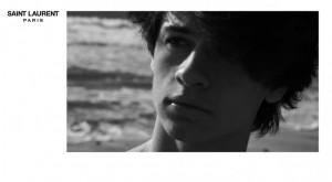 Guarda la versione ingrandita di Dylan, figlio Pamela Anderson posa per Saint Laurent FOTO