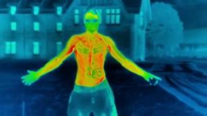 YOUTUBE Effetti del freddo sul corpo umano, l'esperimento