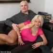 Ex hostess spende 64 mila3