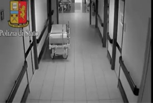 YOUTUBE Finto medico rubava in ospedale a Sesto San Giovanni