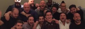 Guarda la versione ingrandita di YouTube, un giorno all'improvviso cantato dai calciatori del Napoli