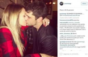 Guarda la versione ingrandita di Jeremias Rodriguez bacia tronista Rossella Intellicato FOTO