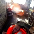 Migrante su prua: Guardia costiera turca lo salva6