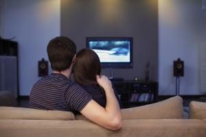 Moglie parla mentre marito guarda la partita. Lui la uccide (foto Ansa)