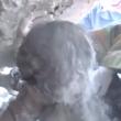 Siria, bimbo sotto le macerie: video choc del salvataggio 8