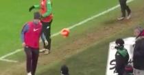 Sassuolo, raccattapalle ringrazia Francesco Totti VIDEO