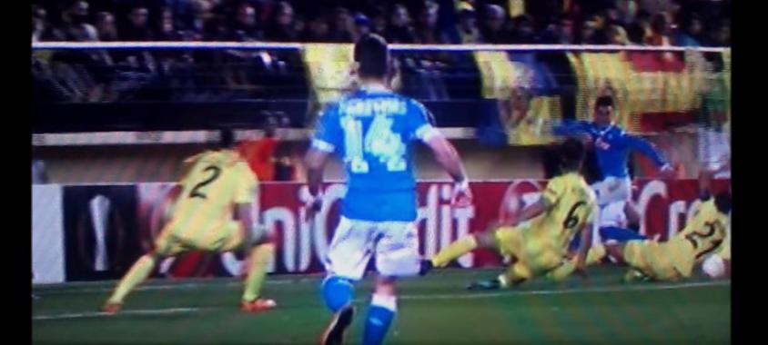 Villarreal - Napoli, rigore negato: fallo di mano