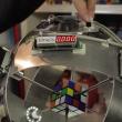 YOUTUBE Cubo di Rubik, robot lo risolve in meno di 1 secondo 5