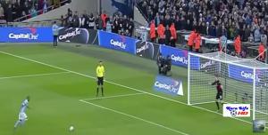 Guarda la versione ingrandita di YouTube, City batte Liverpool ai rigori e vince Coppa di Lega