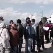 Migranti sfondano confine Grecia-Macedonia. Sgombero Calais 4