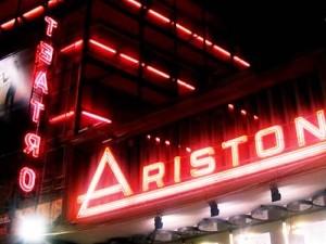 Guarda la versione ingrandita di Il teatro Ariston a Sanremo
