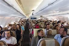 Passeggeri su aereo di linea