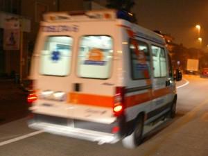 In ambulanza da un'ospedale all'altro: morta bimba di 4 mesi