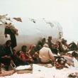 Cannibali per non morire a piedi fra i ghiacci delle Ande...08