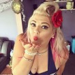 Posta foto in bikini su Instagram e diventa famosa perché...01