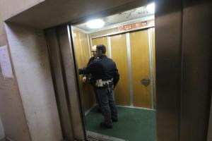 Guarda la versione ingrandita di Tassa su ascensore: può costare doppio della Tasi (foto Ansa)