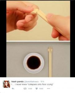 Guarda la versione ingrandita di Sushi, bacchette legno unite a cosa servono? La risposta…