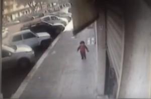 YouTube, Brindisi: bambino di 23 mesi scappa dall'asilo