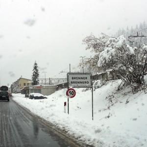 Migranti: Austria limita arrivi, Slovenia schiera esercito