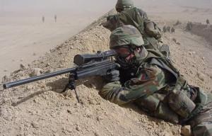 Cecchino inglese uccide jihadisti con pallottole speciali