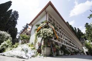 Funerale della madre, due fratelli si prendono a botte