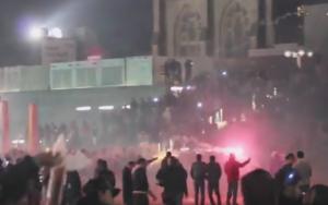 Guarda la versione ingrandita di Colonia celebra donne, carnevale e...polizia