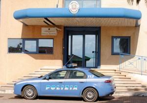 Roma, tenta di darsi fuoco in commissariato: fermato